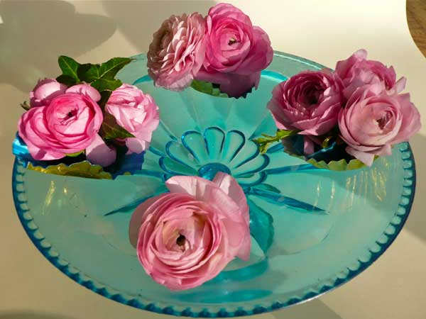 Home Accents Flowers Pink Ranunculus Display