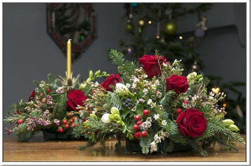 Christmas Wedding Flowers Bright And Festive Or Subtle
