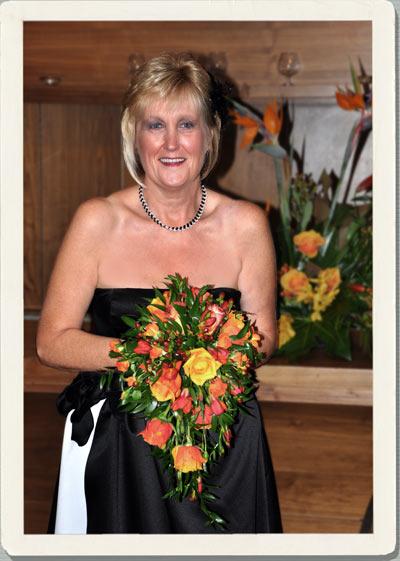 november wedding flowers, orange wedding flowers