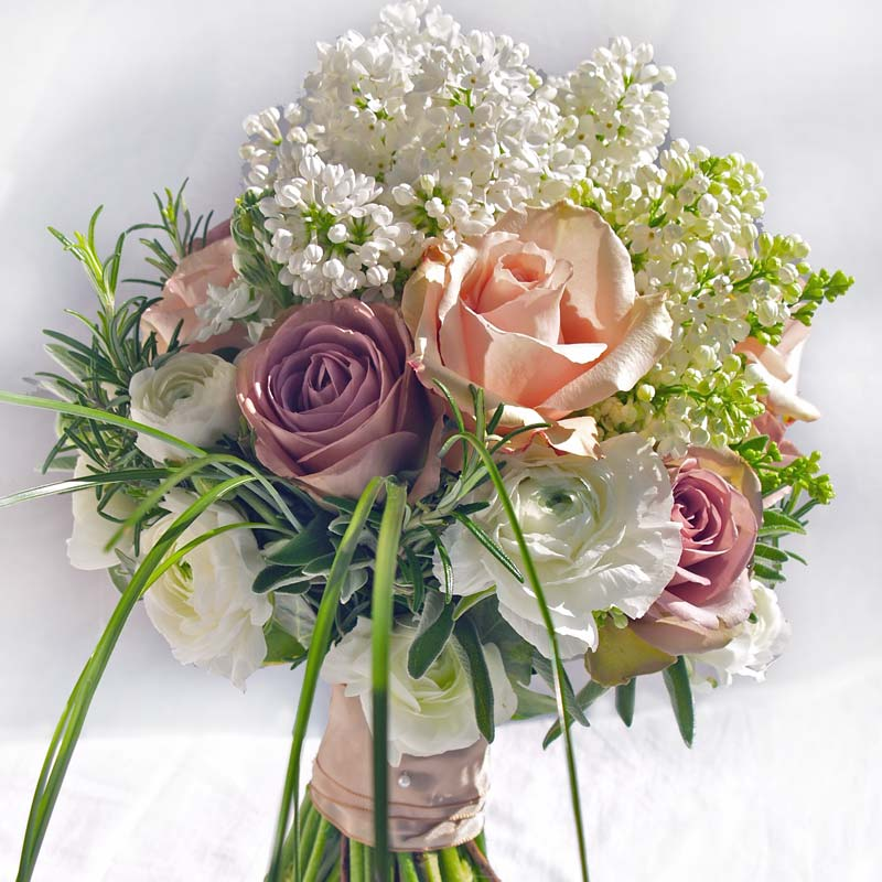 marchBridal flower bouquets