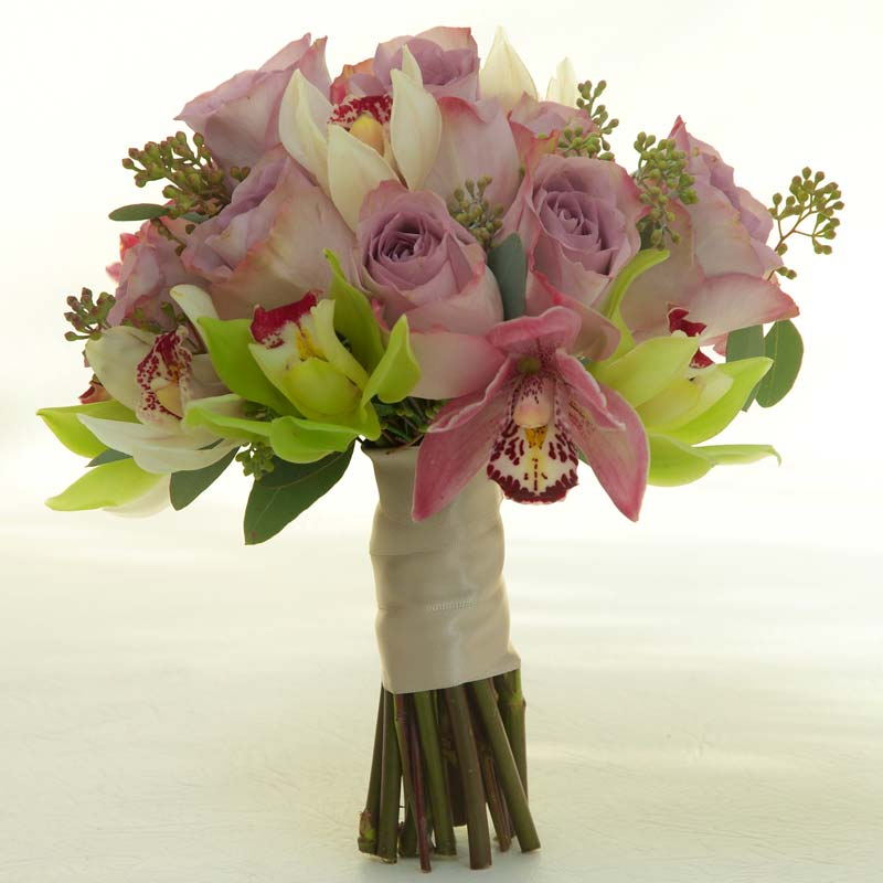 Wedding Flowers December: Bridal Flower Bouquets, A Gallery Of Beautiful Arrangements